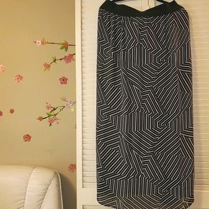 Worthington wrinkle free business skirt Plus size
